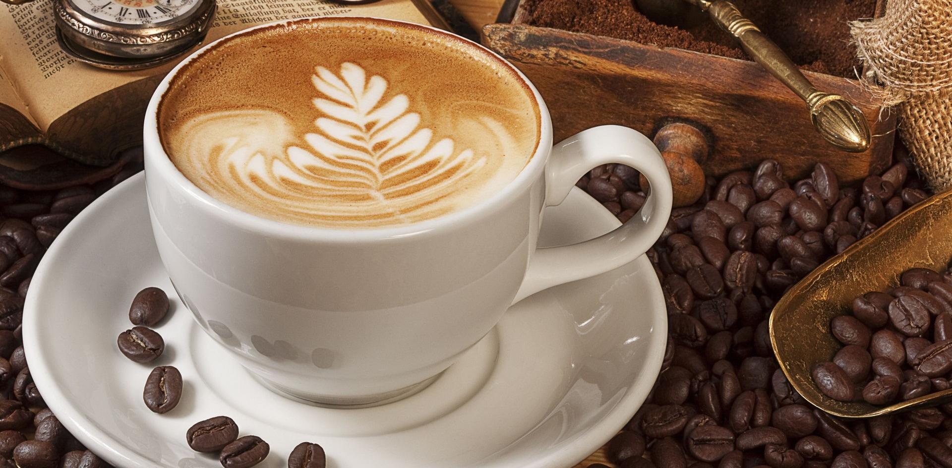 cach-pha-cafe-latte