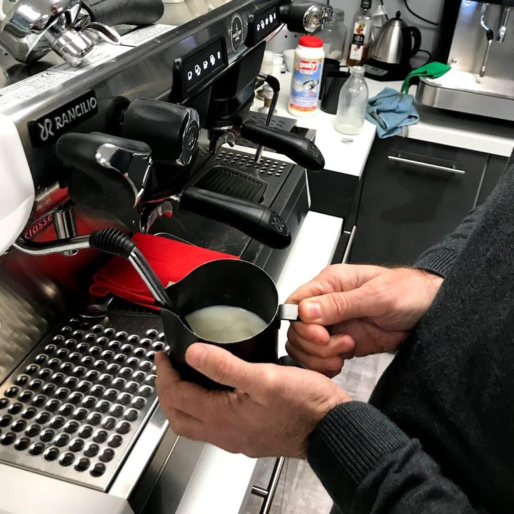 Máy pha cafe capuchino cho quán