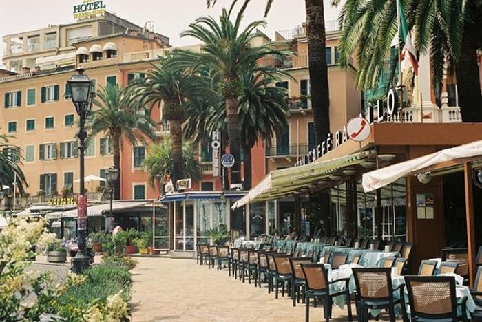 Quán cà phê ở Rome (Italy)