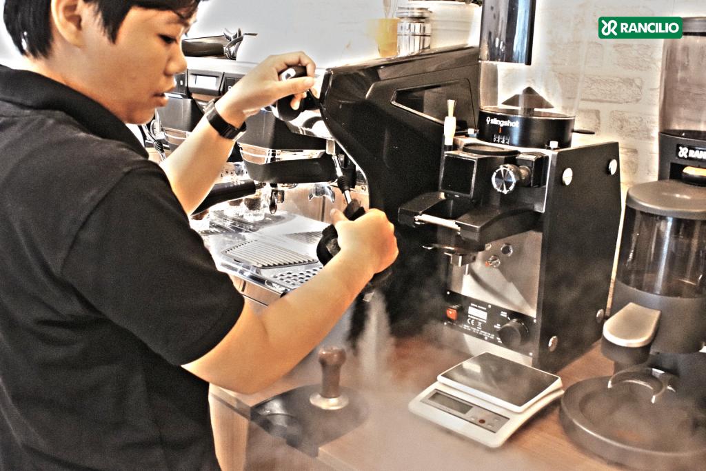may-pha-cafe-raniclio